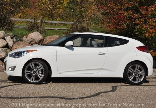 Le Meilleur First Drive Of The 2012 Hyundai Veloster Torque News Ce Mois Ci